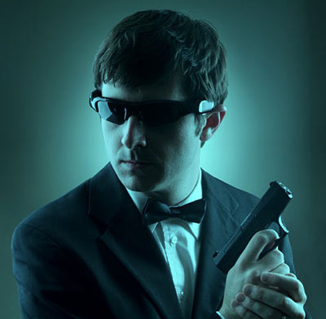 Spycam Video Sunglasses Disguise Your Face, Gear & Agenda [The Name's Bond]