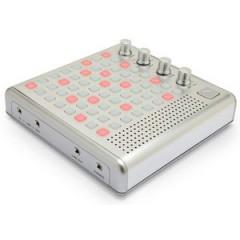 Bliptronic 5000 LED Synthesizer