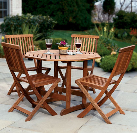 Patio Table And Fold Away Chairs [let's dine alfresco]
