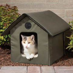 The Only Heated Outdoor Cat House